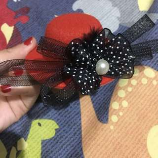 Red hats (jepit rambut Adult)