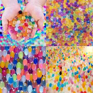 30 000 Water Beads