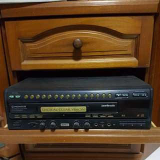 Pioneer CD Player with Karaoke Function (CLD-3760KV)