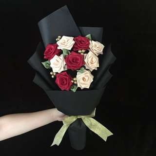 9 Ribbon Rose Bouquet | Handmade | Roses