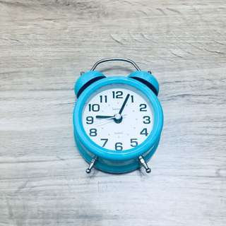 (CHEAP) Bell Alarm Clock