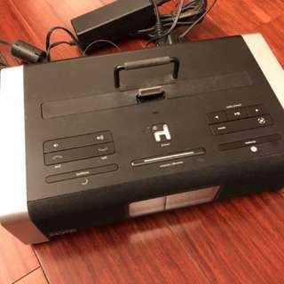 iHome iA100 藍牙 喇叭 Bluetooth Speaker Radio Dock MP3 CD 3.5 mm