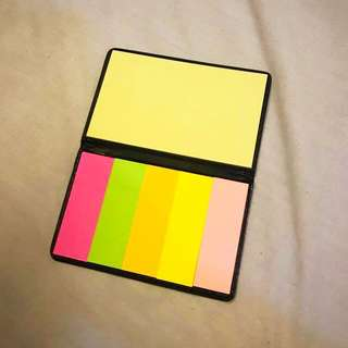 Sticky note with leather holder / dispenser palm size