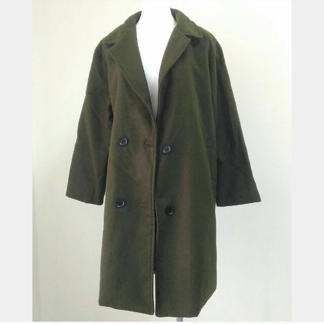 軍綠色中長款大衣