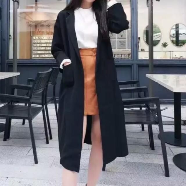 黑色長款雙口袋大衣外套