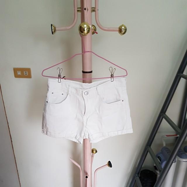 全新白色牛仔短褲