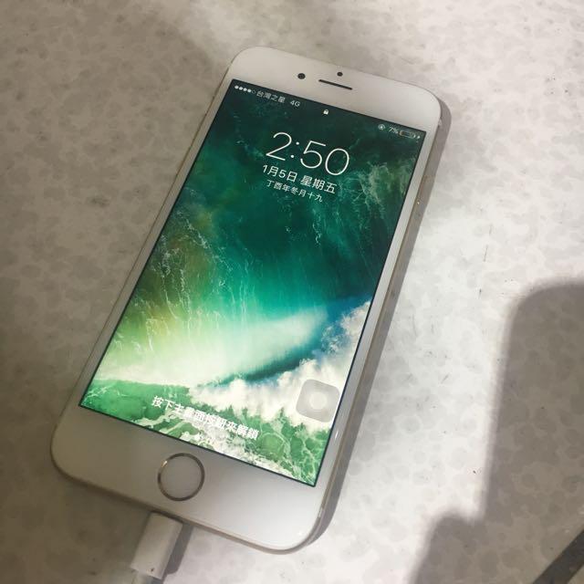 金色 Apple 🍎 IPhone 6-32g 近全新~保固到2018.04