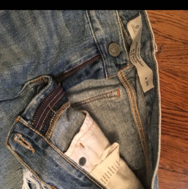 Abercrombie & Fitch ripped denim