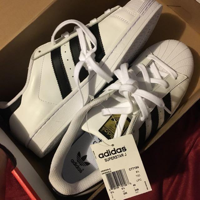 Adidas superstar shoes BNWT