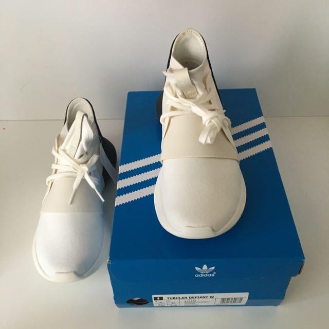 Adidas Tubular Defiant Womens Shoes