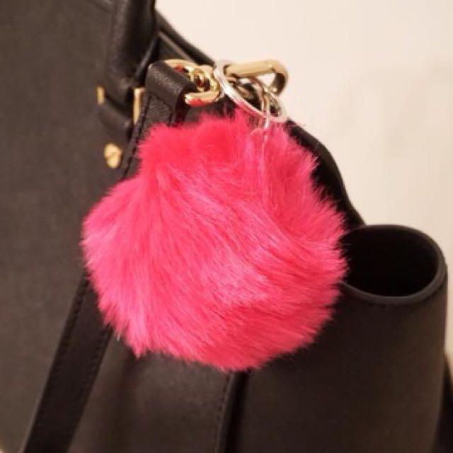 Bag pompoms keychain (min of 4) / WHOLESALE