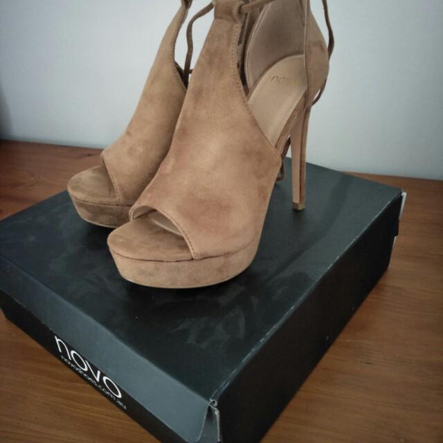 Brand new novo heels size 7