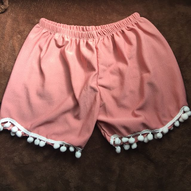 BRANDNEW! Tassel shorts