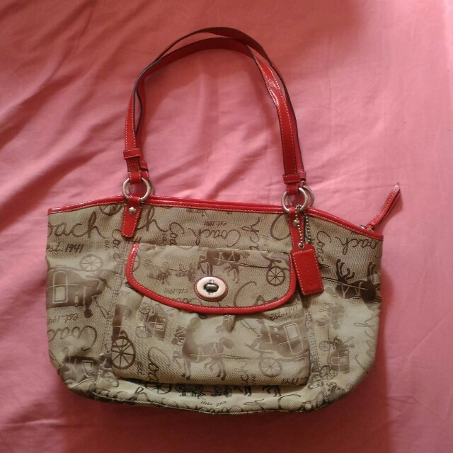 Coach Leah Horse Signature Authentic