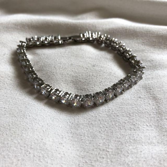 Diamante Dainty Bracelet