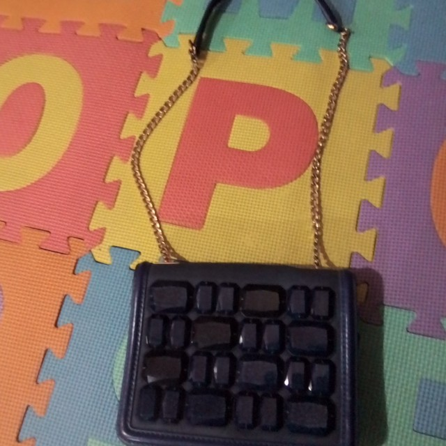 Five plus chain bag