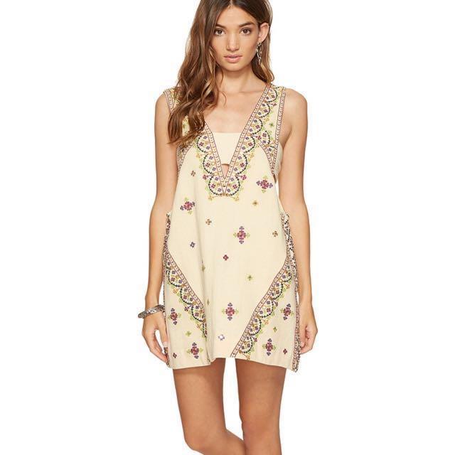 Free People embroidered boho dress size XS 6-8 New $110