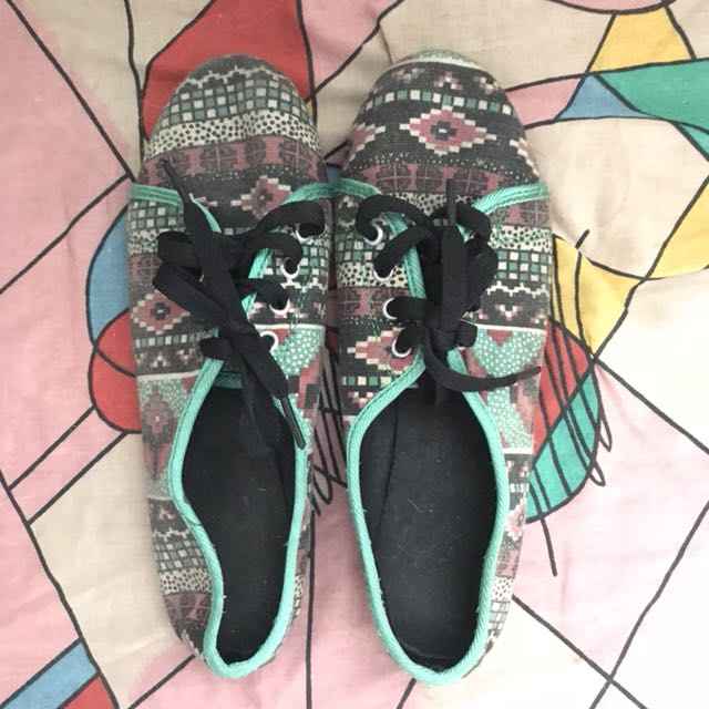 Green aztec patterned sneakers