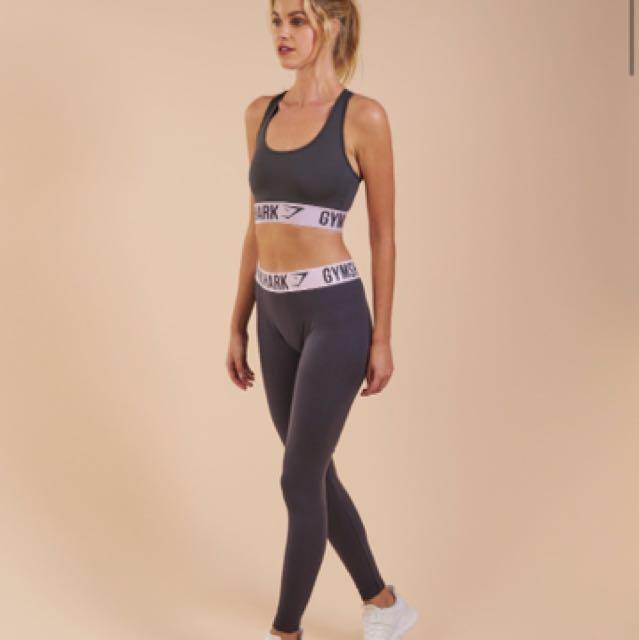 23a44e95edf21 Gymshark Fit Sport Bra Charcoal  Chalk Pink Size S