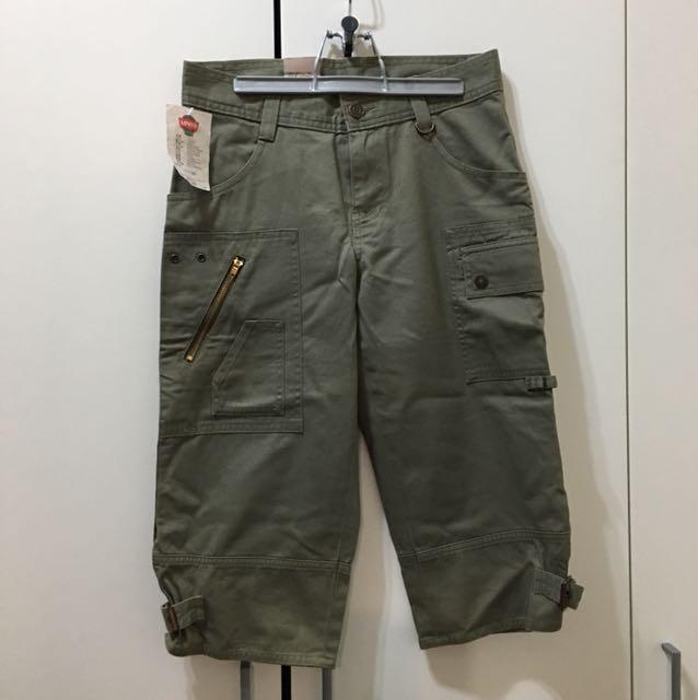 Levi's專櫃五分褲香港製26W