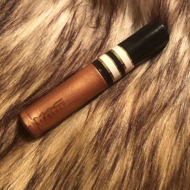 MAC LIPGLASS IN PURE SOPHISTICATION