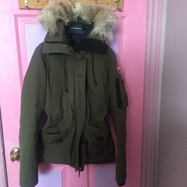 Montebello Canada Goose army green jacket