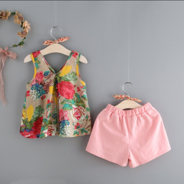 New Baby Floral Sleeveless Tops and shorts