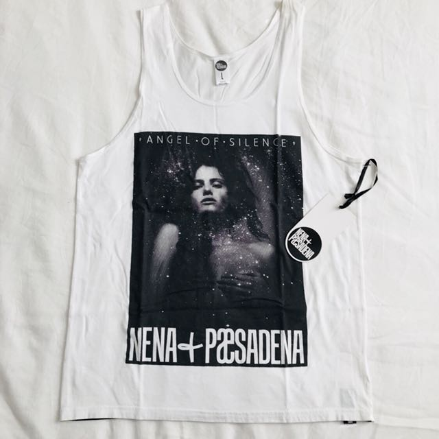 [New -BNWT] - Size L - Nena & Paesadena White Singlet
