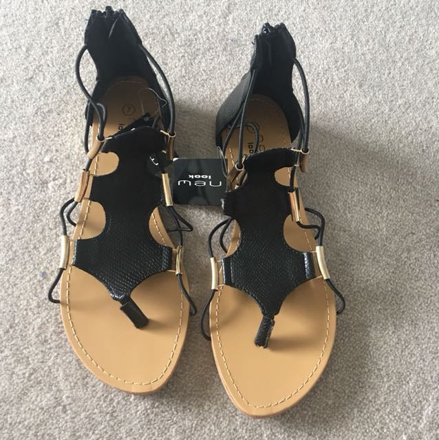 New Look Brand New sandals. Black size 7