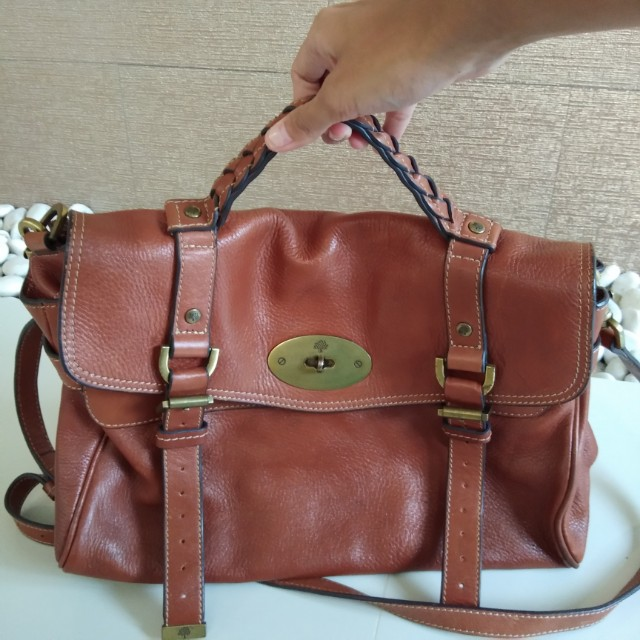 ON SALE  Mulberry Alexa GM, Luxury, Bags   Wallets on Carousell 0663c81ee9