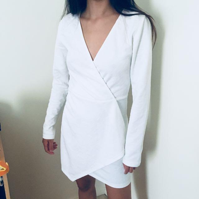 OVERLAY DRESS CROSS OVER V NECK