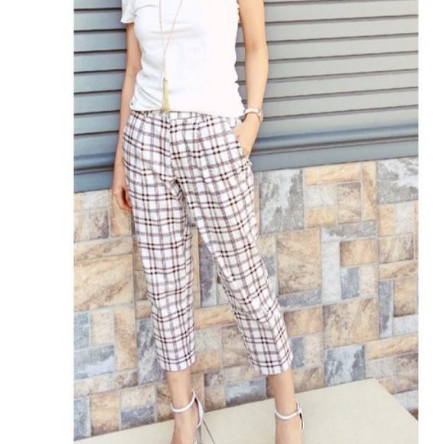 Pants motif