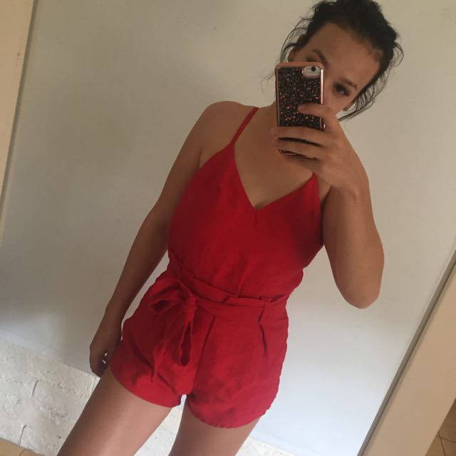Size 8 Red playsuit 🌹