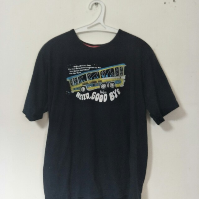 53a04032 The Beatles Baju T-shirt, Men's Fashion, Clothes, Tops on Carousell