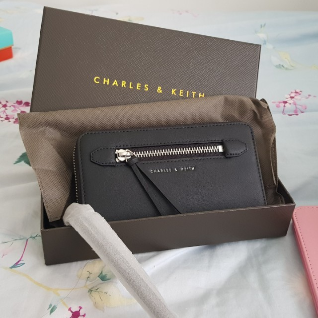 Wallet: Charles and Keith
