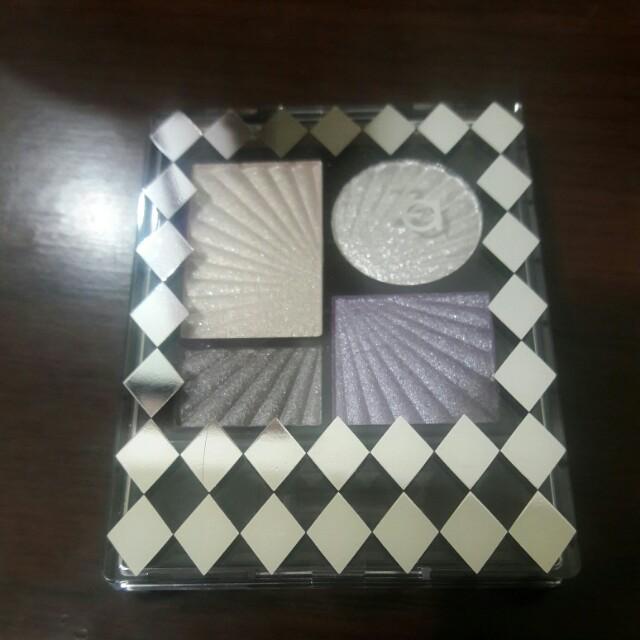 ZA耶誕限定金屬光寶石四色眼影盒#純銀(無外盒)