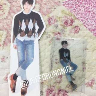 WTS/WTT Minhyun One ver Standee & PC