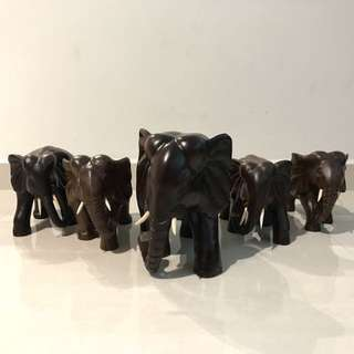 Wooden Elephant Family 1pc big n 4pc small