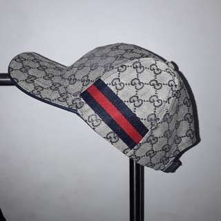 Guci Hat