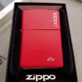 Zippo美版紅色防風火機