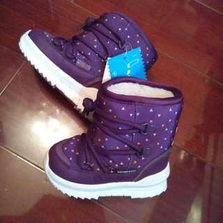 Adidas 小朋友毛毛boots