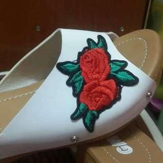 🚚 Sandals floral