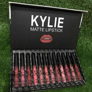 Kylie Lipcream isi 12pcs