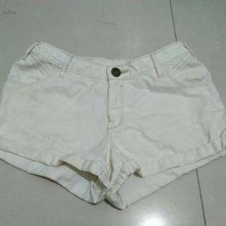 Colorbox pants / white short jeans
