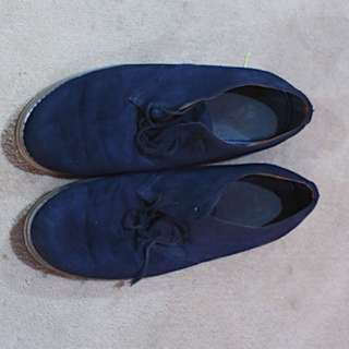 H&M shoes navy kondisi 85% preloved