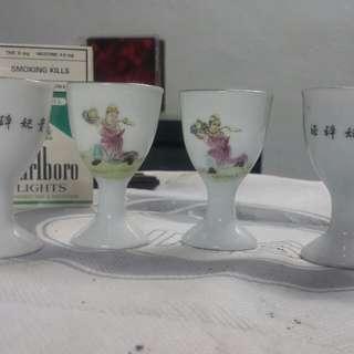 舊髙足瓷杯仔4隻