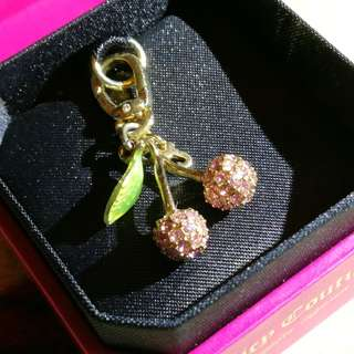 GORGEOUS JUICY COUTURE CRYSTAL-STUDDED CHERRIES CHARM PENDANT
