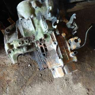 Gear box manual.proton saga,iswara.1.5 condition masih ok.