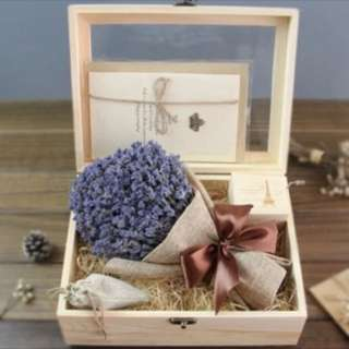 Bouquet lavender (wood box)