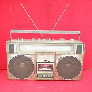 Crown CSC-950 F Boombox